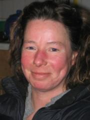 Foto Frau Benjes - Inhaberin Goldschmiede und Wohnbedarf Seewiefke in Hooksiel, Nordsee